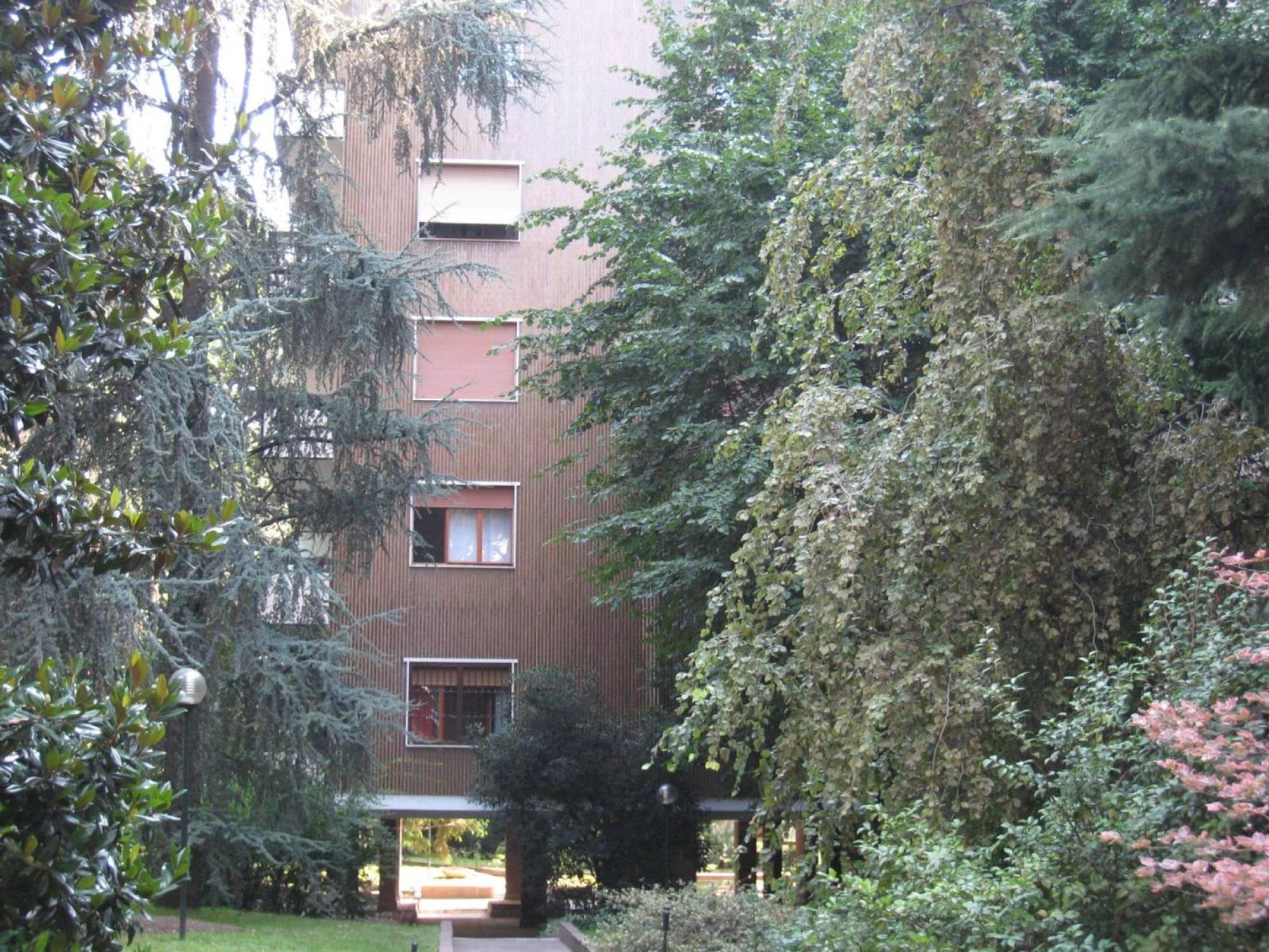 Via alberti 5 mh32 agenzia immobiliare milano for Immobiliare milano